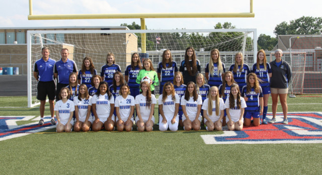 GIRLS SOCCER TEAM LOOKING FOR STRONG PLAYOFF RUN!