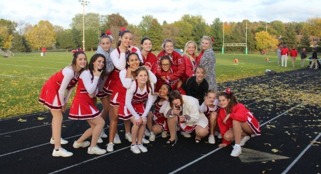 Football Cheerleaders Named Students of the Week