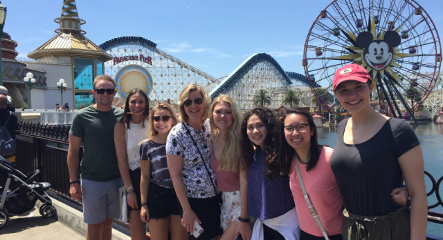 DECA Travels to Anaheim for International Competition