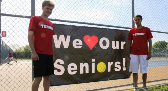 Boys Tennis Ends Regular Season 14-2