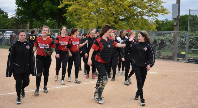 White Hawks Softball Ends Season in Sections
