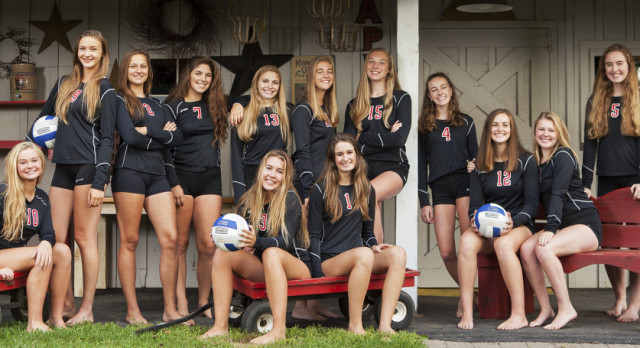 White Hawks Volleyball Starts Season with W