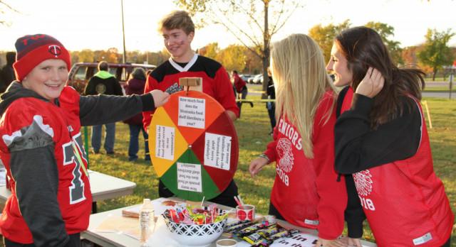 Student Senate, DECA Team Up for Fall Festival