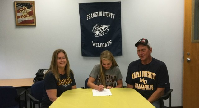 Amelia Robben Signs With Marian University
