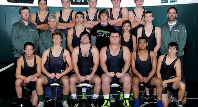 Wrestlers advance to districts!
