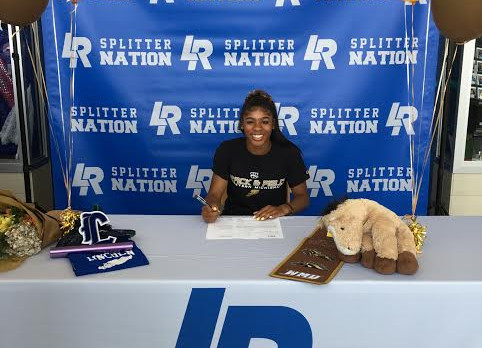 Ashley Worford Signs with Western Michigan University!