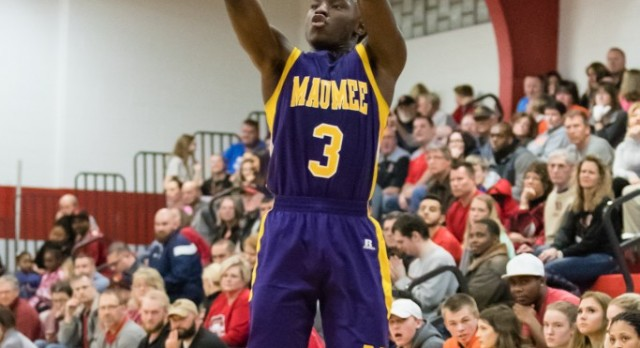 Maumee High School Boys Varsity Basketball beat Bowling Green High School 47-36