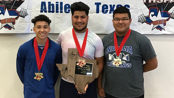 BOYS POWERLIFTING TEAM – 2017 STATE CHAMPIONS!