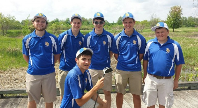 Redford Union Golf Team to advance to regional tournament