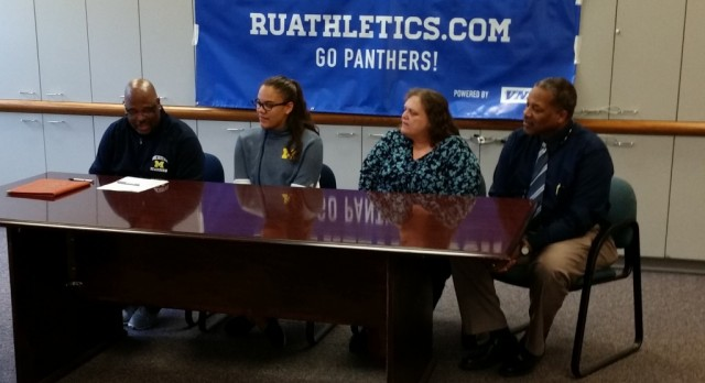 Renee' Reed Signs with University of Michigan Dearborn