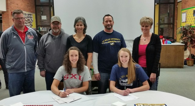Kuch and Atton Sign for Volleyball