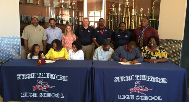 STHS Athletes Sign To Play Ball At The College Level