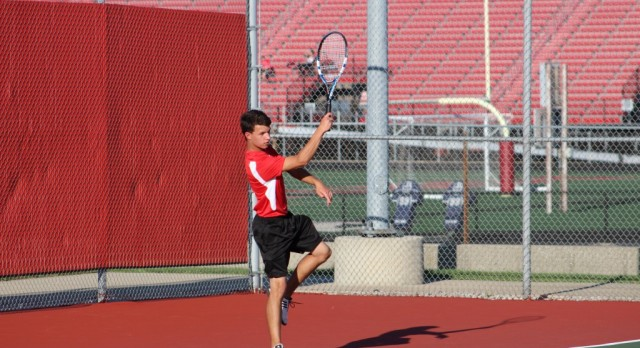 Portage High School Boys Varsity Tennis falls to Lowell High School 3-2