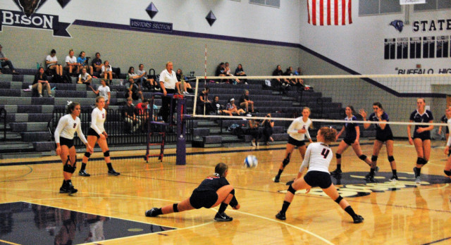 Varsity Volleyball loses a tough match to Buffalo