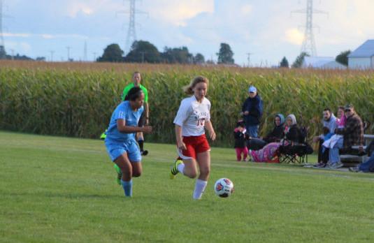Girls Soccer Beats New Haven
