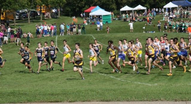 Apple Valley High School Boys Varsity Cross Country finishes 2nd place