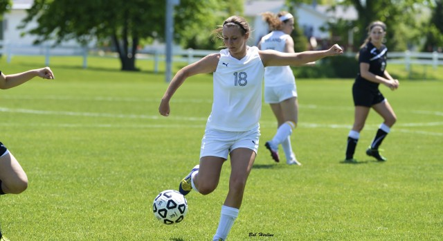 Freeland Shuts Out Frankenmuth to Win Soccer Regionals