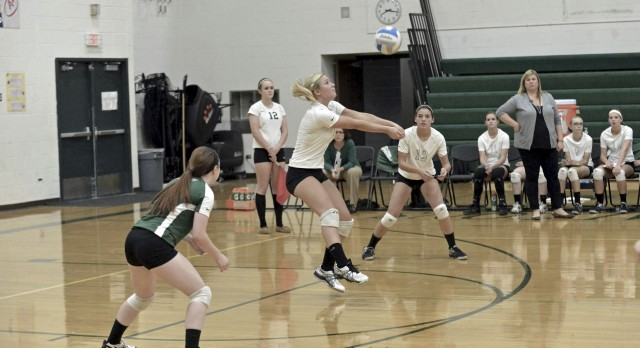 Varsity Volleyball Wins To Stay In Contention