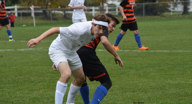 Soccer Wins At Valley Lutheran