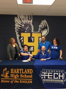 Andrew Spiz signs letter of Intent to Lawrence Tech