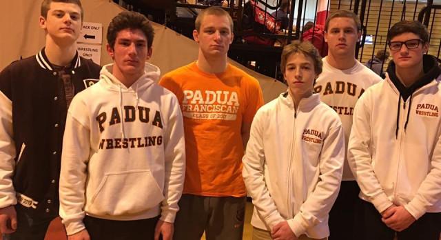 Wrestlers finish 4th at Catholic Invitational Tournament
