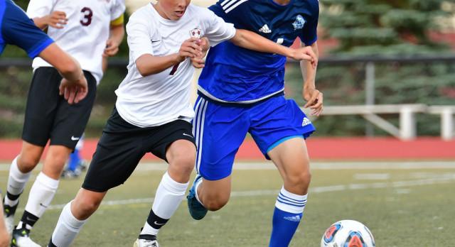 Milford High School Boys Varsity Soccer beat South Lyon East High School 4-2