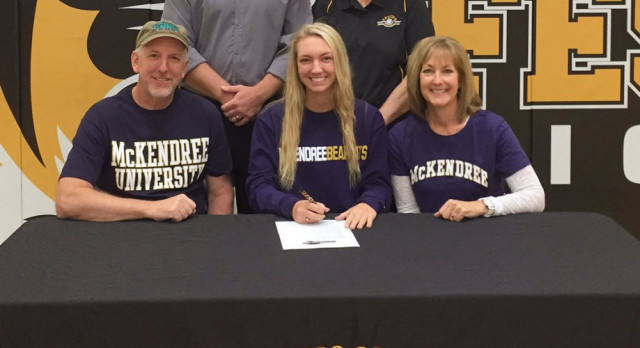 Tinnin Signs to Play Volleyball at McKendree