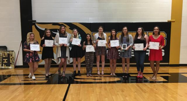 FHS Cheerleading Honors Award Recipients at Banquet