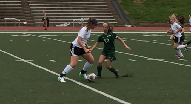 Varsity Soccer Edges Perryville 3-2