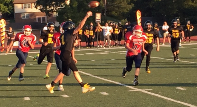 8th Grade Football Falls Behind Early; Drops 30-14 Decision to Park Hills