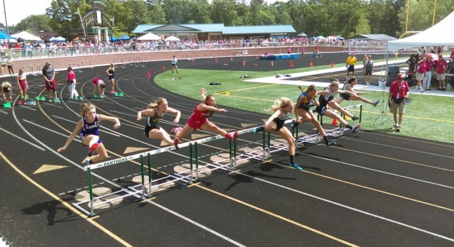 Sydney Hodges Competes at D3 State Champs