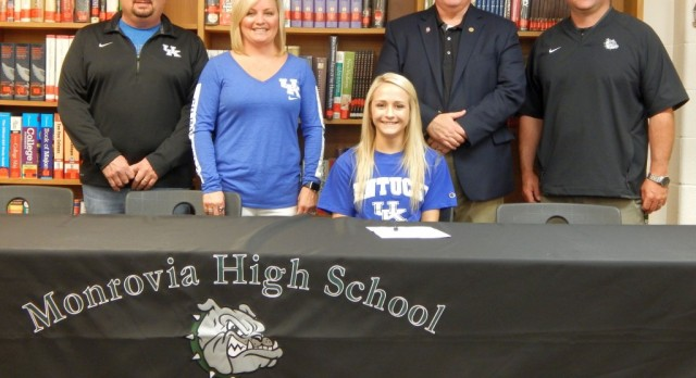 Allie Law Signs with University of Kentucky!