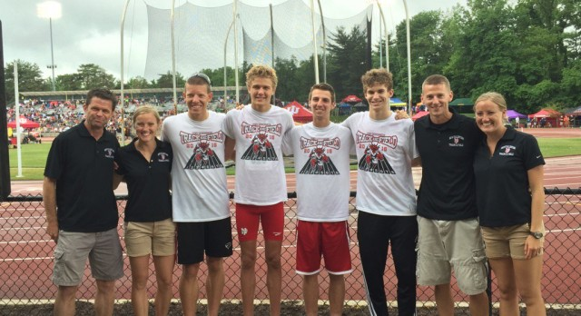 4×800 relay finishes 15th in state