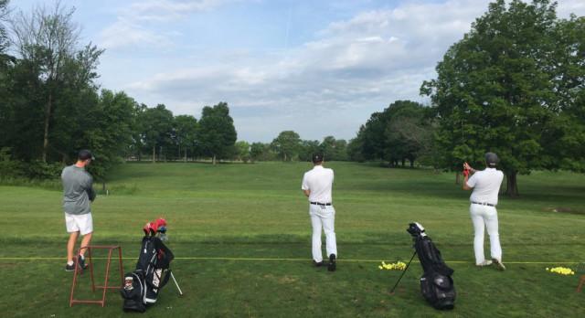 Golf advances to regional