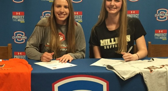 Botts, Geren Sign Volleyball Scholarships