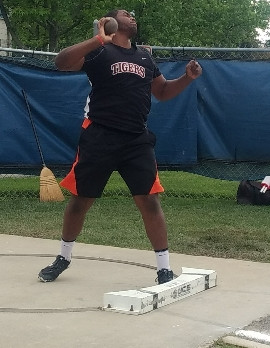 Thayer Mumford Qualifies for State