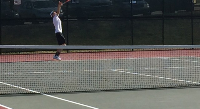 Boys Tennis Clinch Tourney Bid