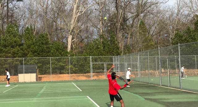 Boys' Tennis Victory