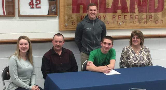 Hunter Yoder College Signing