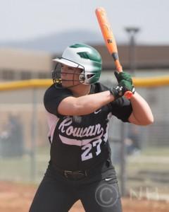 Courtnae Bolander 3 softball S Laurel NH