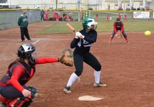 Lindsey Wilson softball 3
