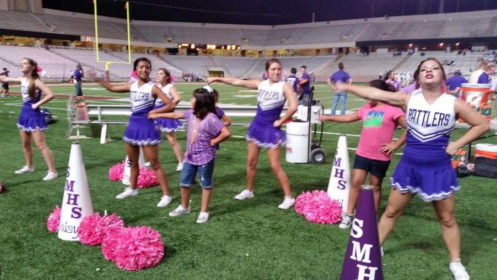 Mini Rattler Cheerleaders