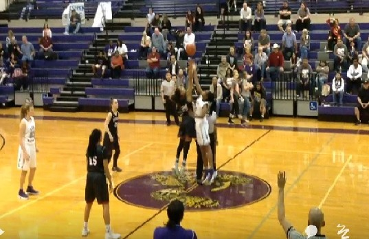Lady Rattlers Struggle Against District Front Runner Bowie
