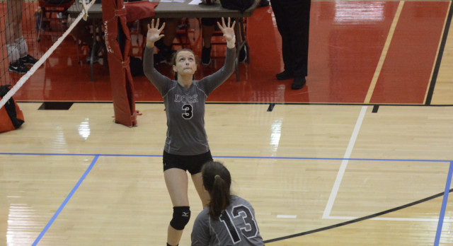 """Dock Volleyball """"Hands"""" It To Villa Marie In 5"""