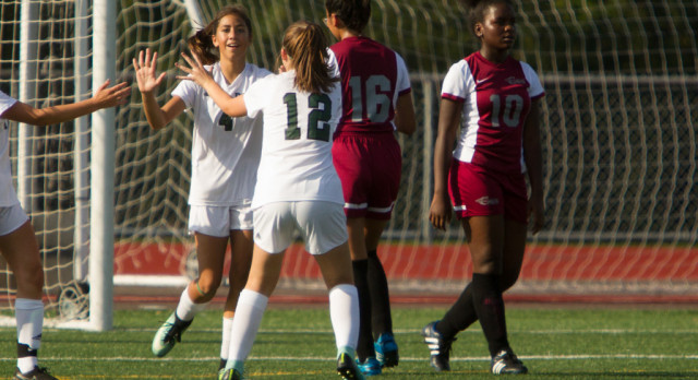Early Lead Helps Dock Girls Soccer Over Phil-Mont