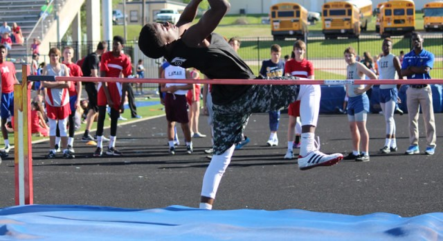 Travis boys track results from the district meet