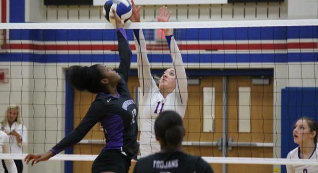 Tem-Cat JV Volleyball defeats University