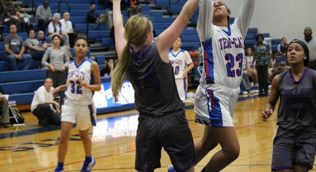 Tem-Cats struggle in 59-42 loss to College Station