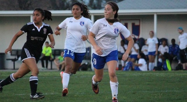 Temple girls soccer takes aim at playoff return after rare miss last season