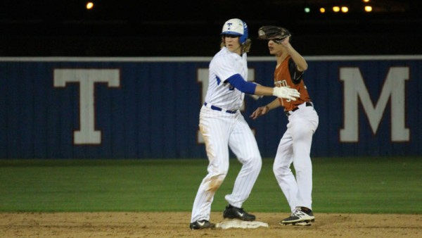 Temple vs. Hutto 050